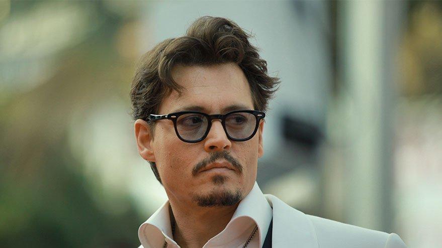 Johnny Depp kimdir, kaç yaşındadır? Johnny Depp Instagram ile tanıştı…