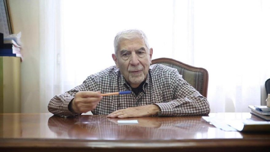 Bir efsane daha corona virüsüne yenik düştü: Prof. Dr. Sedat Tellaloğlu hayatını kaybetti