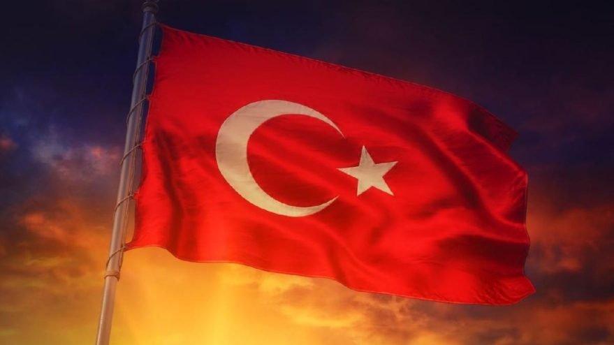 Balkonlardan İstiklal Marşı okuyalım çağrısı! 23 Nisan'da İstiklal Marşı saat kaçta okunacak?