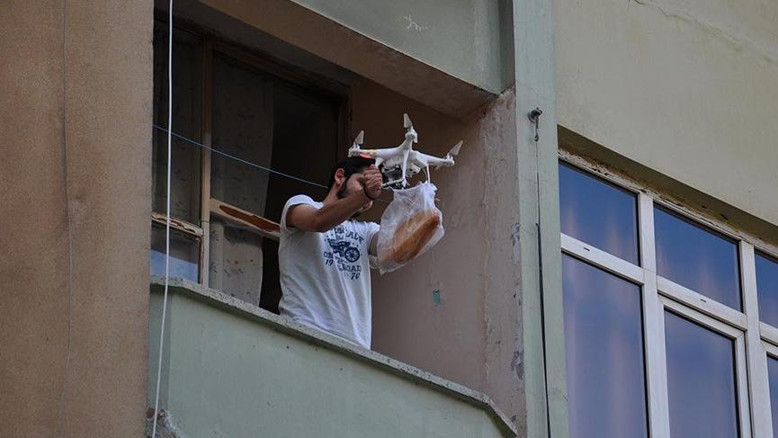 İslahiyeli fırıncıdan 'drone' ile ekmek servisi