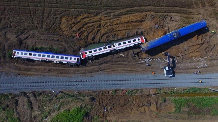 Çorlu tren kazası davasına corona virüsü ertelemesi