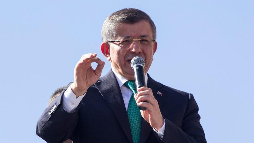 Davutoğlu: Cumhurbaşkanlığı, Meclis'e karşı konumlanmış bir sistem olmuştur