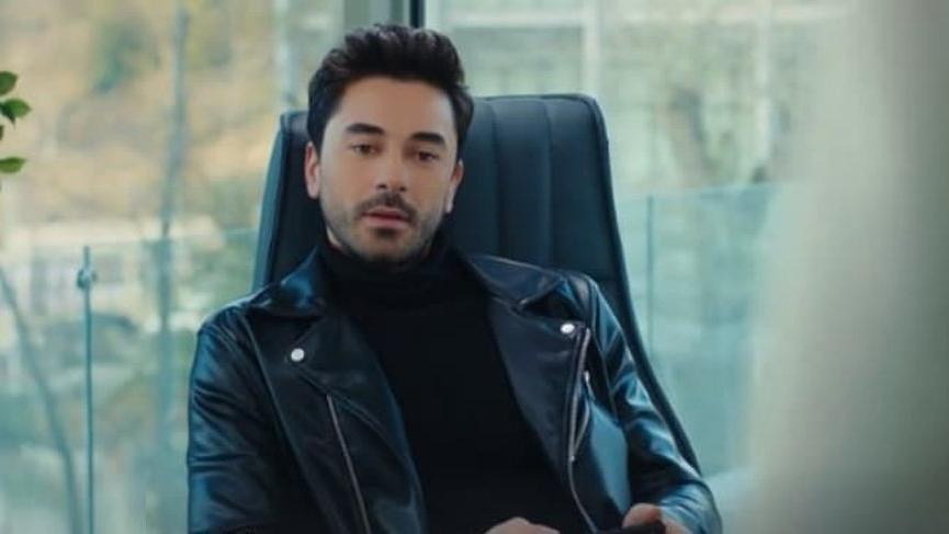 Oyuncu Gökhan Alkan'ın genç bir kadına attığı mesajlar ifşa edildi
