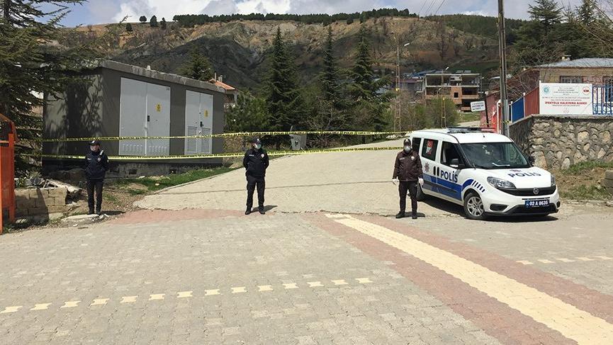 Karantina altındaki mahallede 1 kişi hayatını kaybetti