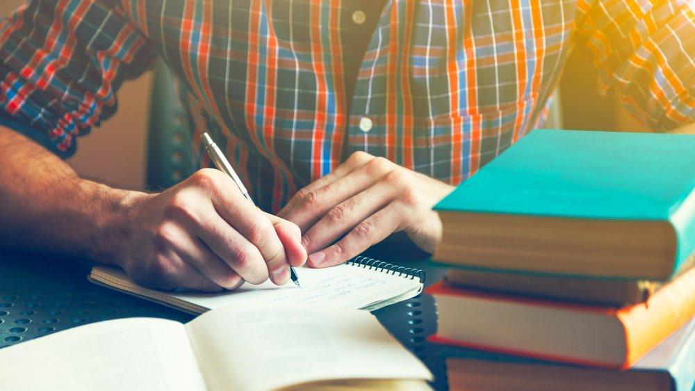 Kolonya nasıl yazılır? TDK güncel yazım kılavuzuna göre kolonya mı, kolanya mı?