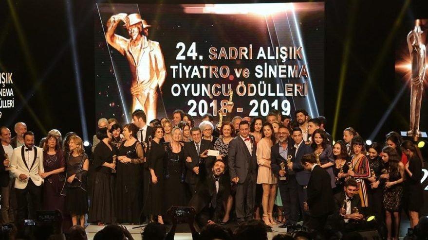 Sadri Alışık Tiyatro ve Sinema Oyuncu Ödülleri ertelendi