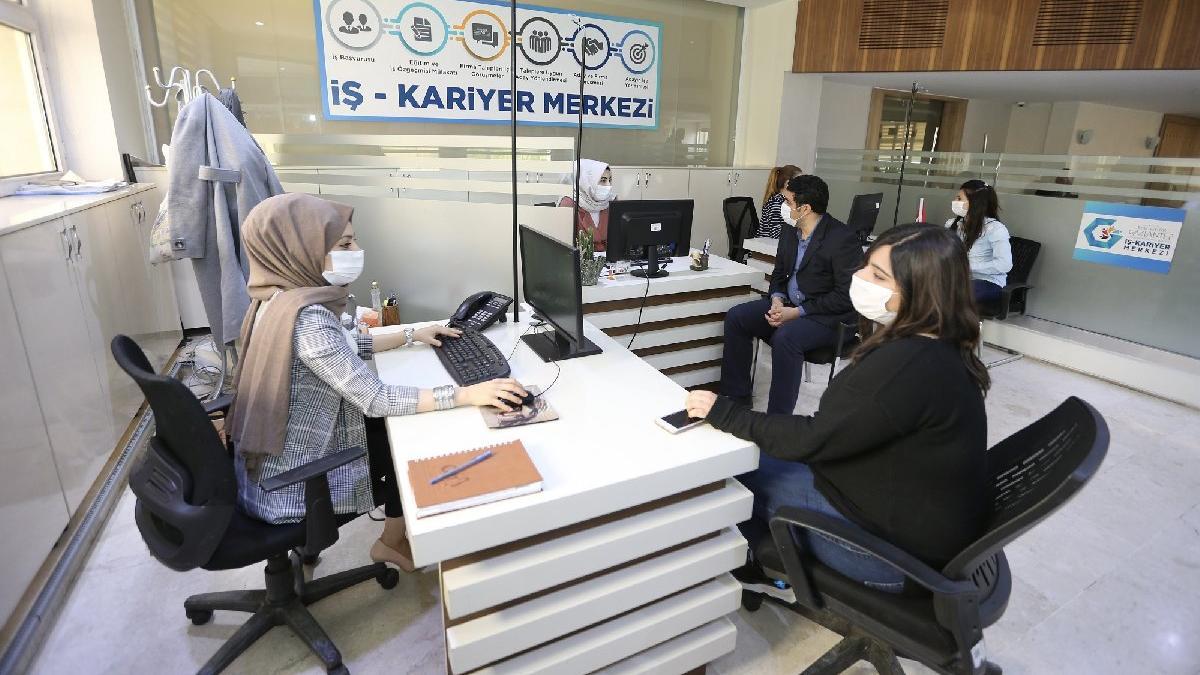 İş ve Kariyer Merkezi'nden genç işsizlere destek