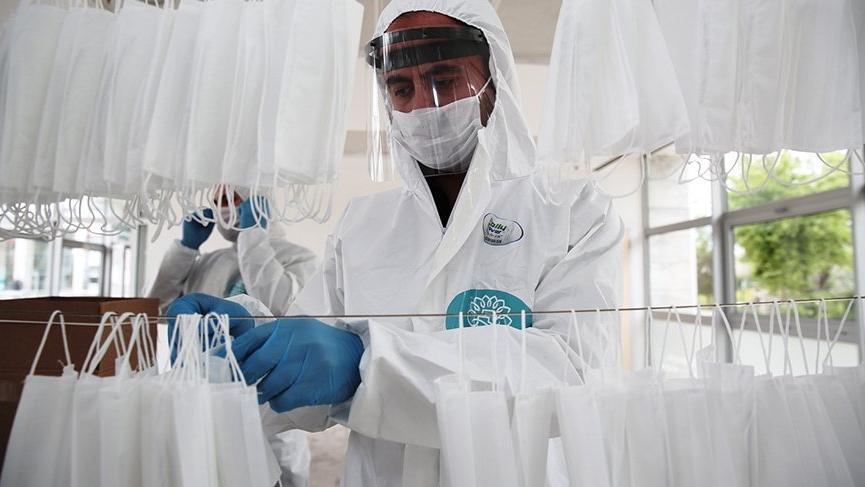 CHP'li belediye günde 20 bin maske üretecek