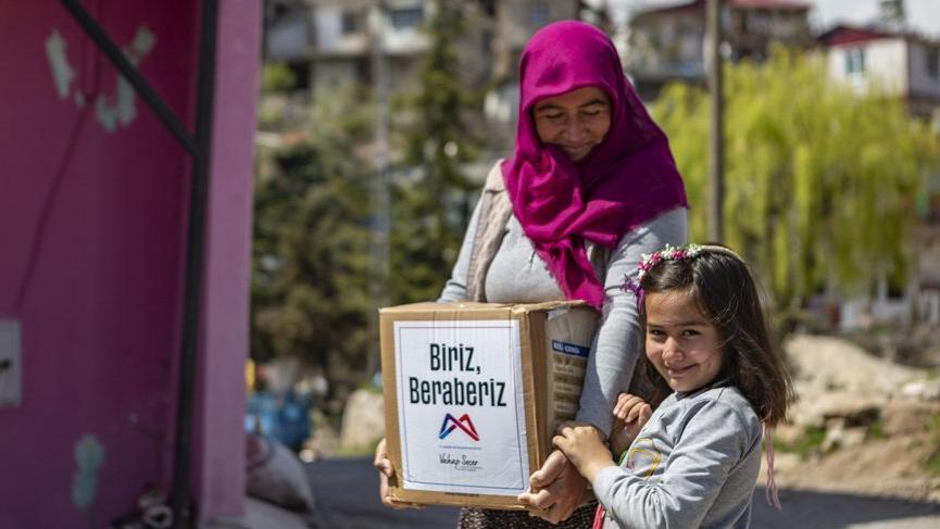 CHP'li belediye ekmek dağıtımı engellenince gıda seferberliği başlattı