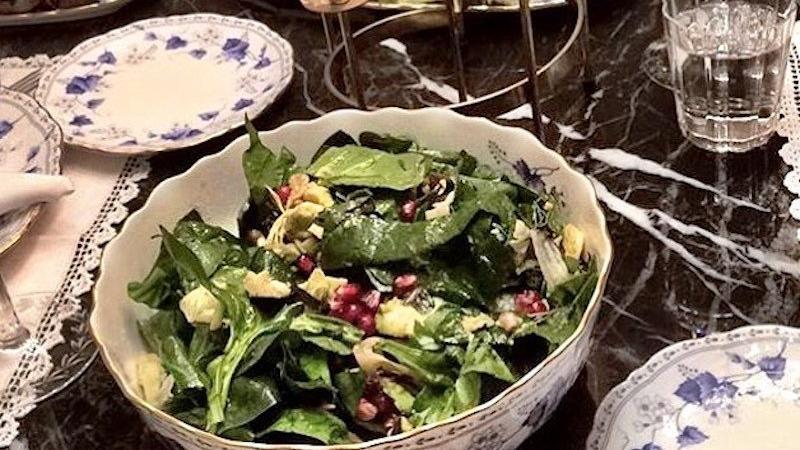 Narlı ıspanak salatası tarifi