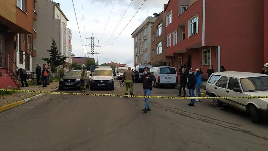 İstanbul'da bir dairede patlama! Parçalar sokağa döküldü