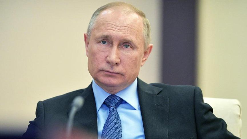 Rus gazetesinde Putin ile ilgili bazı haberlere yasak geldi!