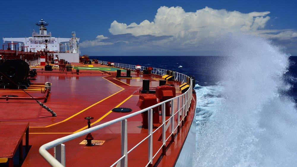 Alıcı yok, milyonlarca varil petrol gemilerde bekliyor