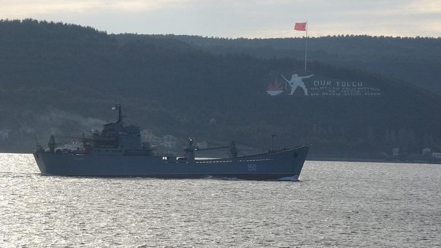 Rus savaş gemisi 'Saratov' Çanakkale Boğazı'ndan geçti!