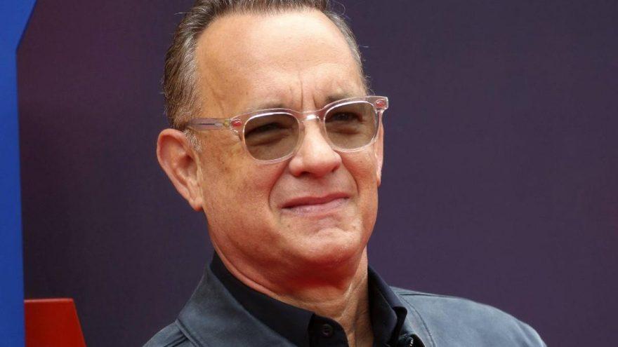 Tom Hanks, 'Corona' adlı 8 yaşındaki çocuğa daktilosunu hediye etti