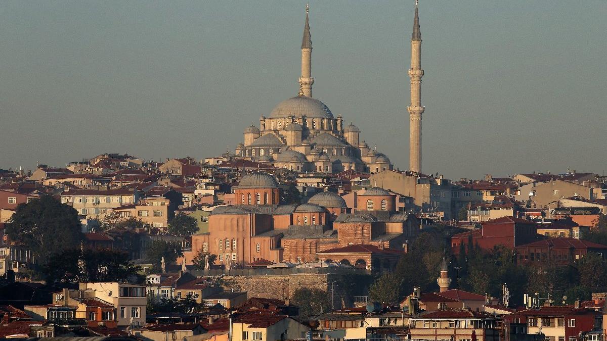 İstanbul'da sahura ne kadar kaldı? İstanbul'da sahur saat kaçta? İşte 2020 İstanbul imsak vakti...