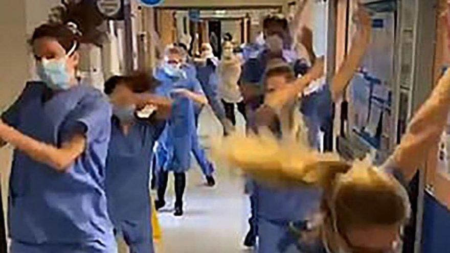 Sağlık çalışanlarından tepki çeken akım: Gidin kanser hastalarını kurtarın
