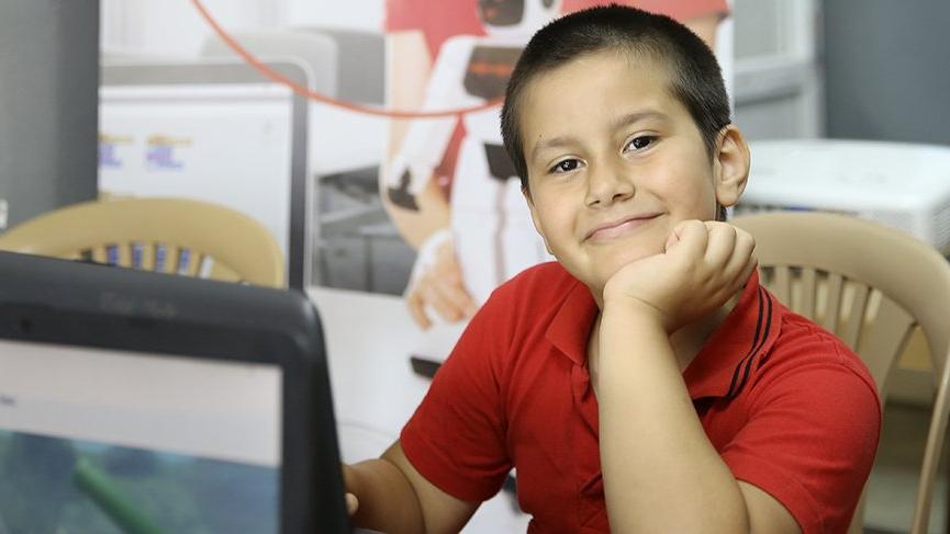 Yarını kodlayanlar projesinde 10 bin çocuğa online eğitim