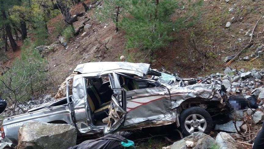 Mersin'de trafik kazası: 3 ölü!