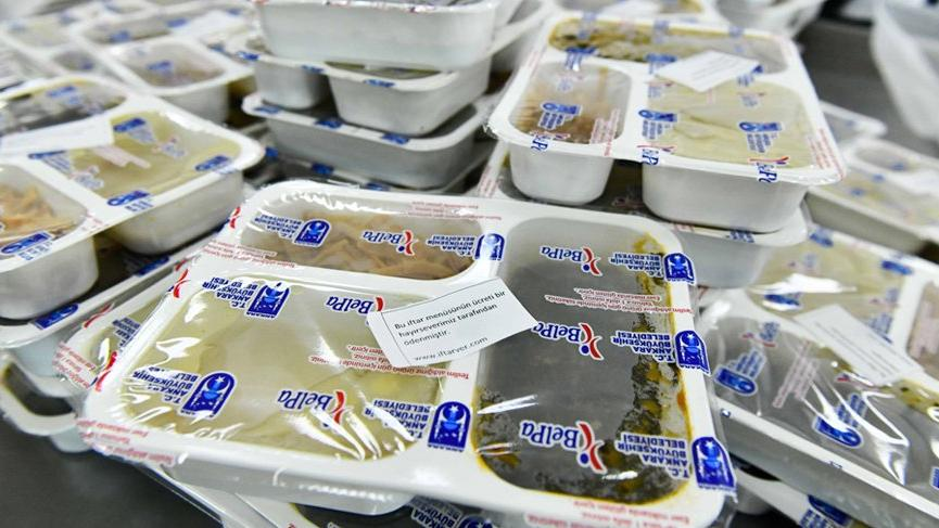 'Bir iftar da benden' kampanyasında satın alınan iftar paketi sayısı 400 bini geçti!