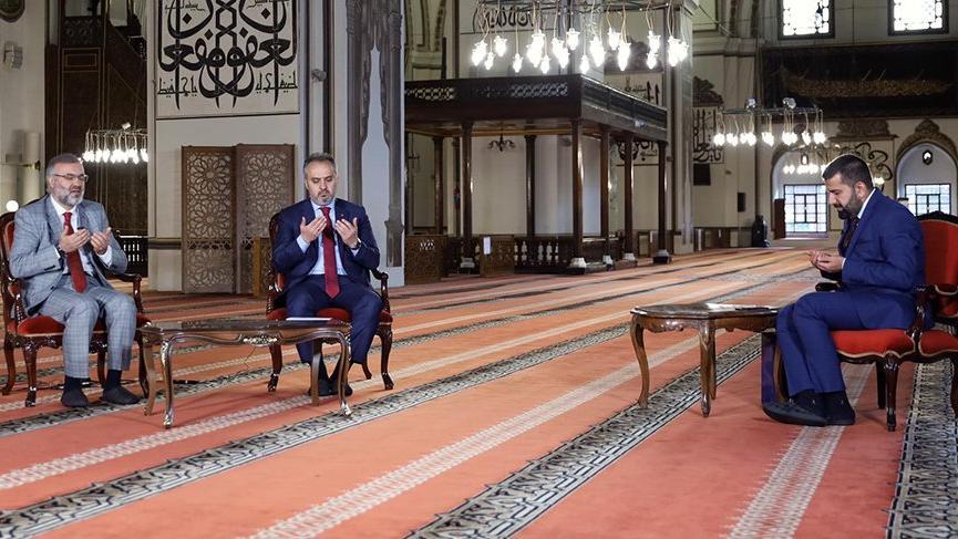CHP Bursa İl Başkanı Karaca: Camiler ibadet yeridir şov sahnesi değil