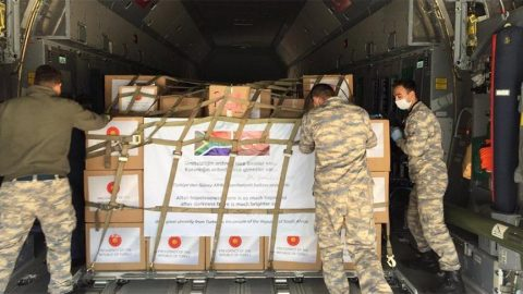 Tıbbi yardım malzemeleri bu kez Güney Afrika Cumhuriyeti'ne ulaştırılacak