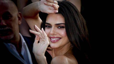 Kendall Jenner, yapılan skandal yorumlara yanıt verdi