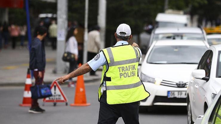 Milyonlarca insan araçlarına zorunlu trafik sigortası bile yaptıramıyor