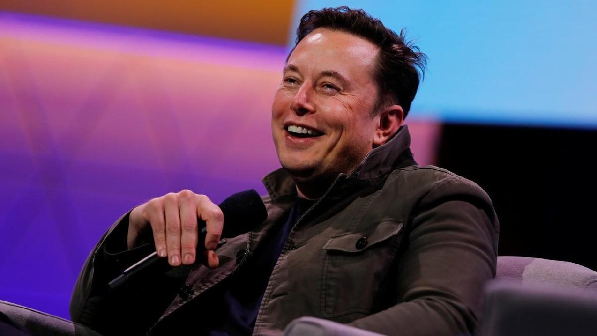 Elon Musk tweet attı, Tesla'nın değeri 15 milyar dolar düştü