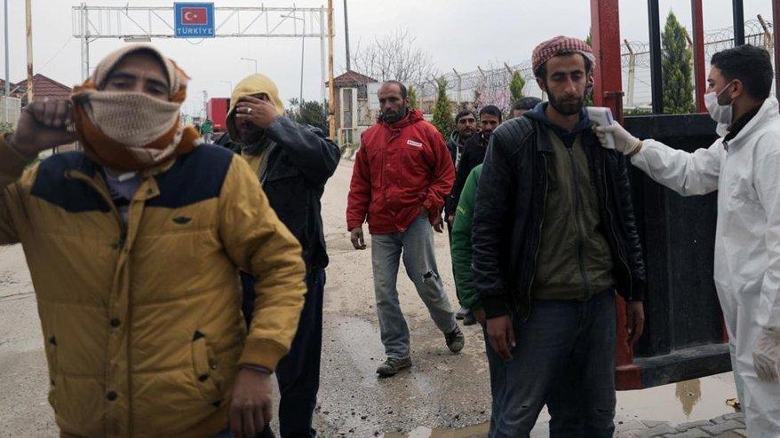 Suriye'de corona alarmı! Şehirler arası ulaşım yasağı uzatıldı