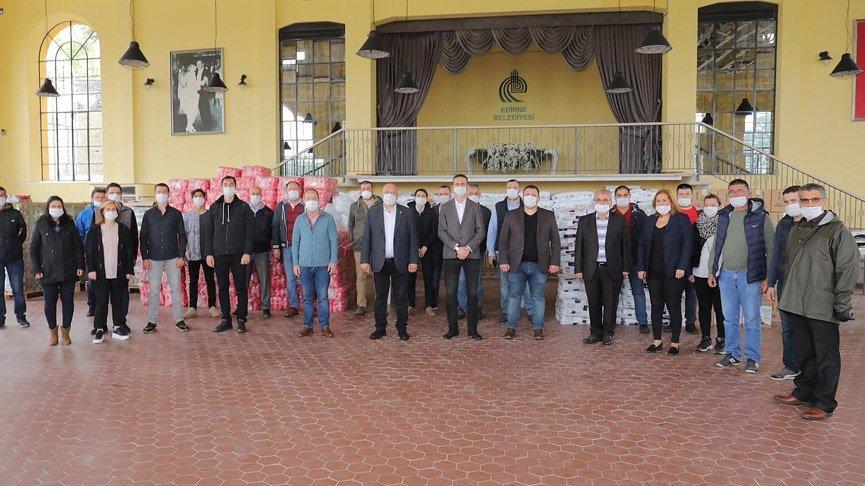 CHP Edirne'de 210 aileye yardım paketi bağışladı