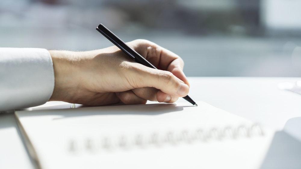 İşveren nasıl yazılır? TDK'ya göre 'iş veren' bitişik mi, ayrı mı yazılır?