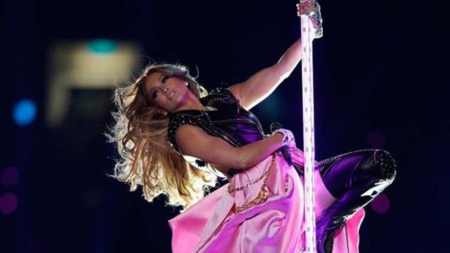 Jennifer Lopez, Super Bowl gösterisinin kamera arkasını takipçileriyle paylaştı