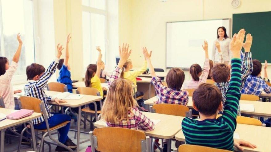 Okullar ne zaman açılacak? MEB'in okulların açılma tarihi için işaret ettiği tarih!