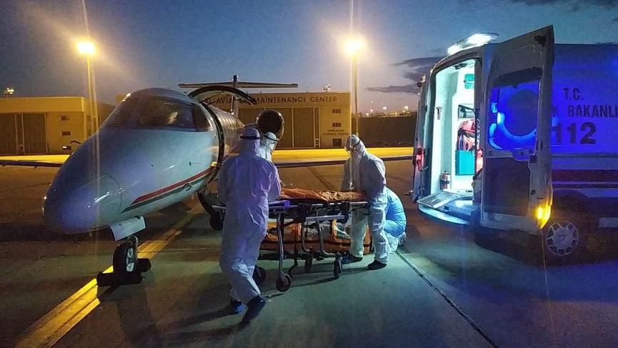 Sudan'daki Türk corona hastası ambulans uçakla Türkiye'ye getirildi!