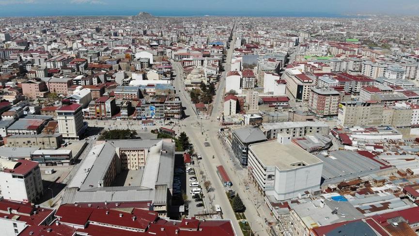 Vali şehirdeki corona virüsü vakalarının çoğunun kaynağını açıkladı!