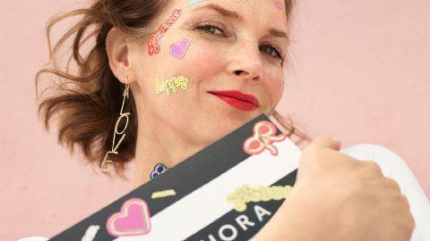 Sephora ile annelerimizi mutlu etmenin tam zamanı! Ünlü kozmetik markasında anneniz için pek çok seçenek var...