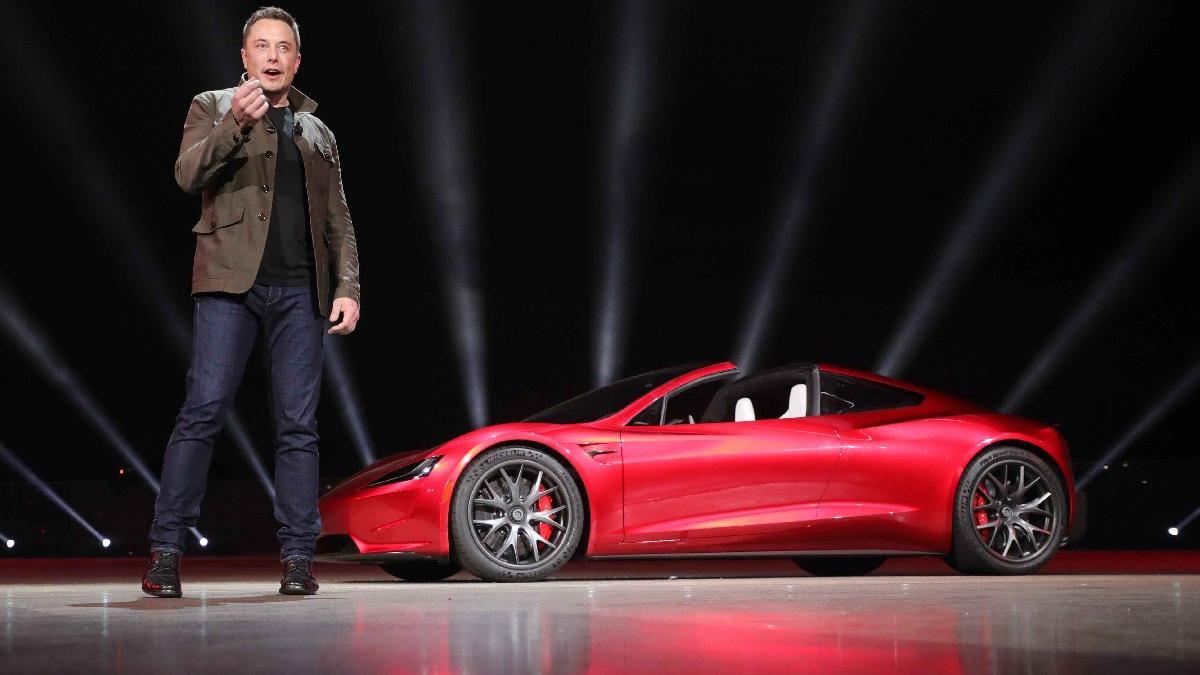 Tesla Roaster'ın üretimi gecikecek!