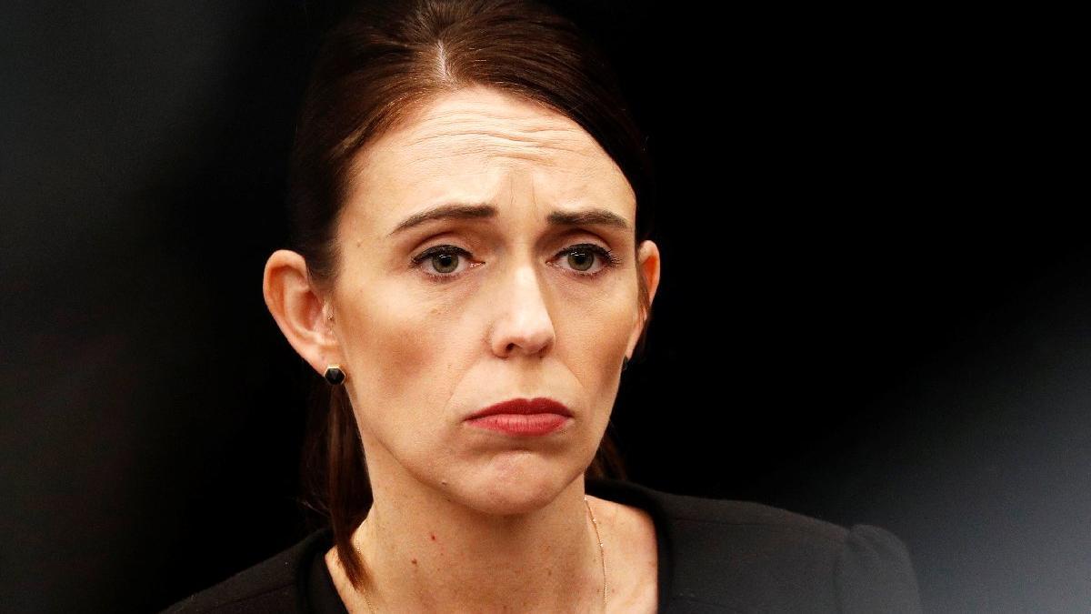 Kısıtlamaları gevşeten Yeni Zelanda Başbakanı Ardern uyardı: Birkaç muharebe kazandık savaşı değil!