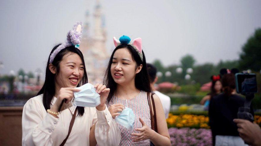 Şanghay Disneyland yeniden ziyarete açıldı