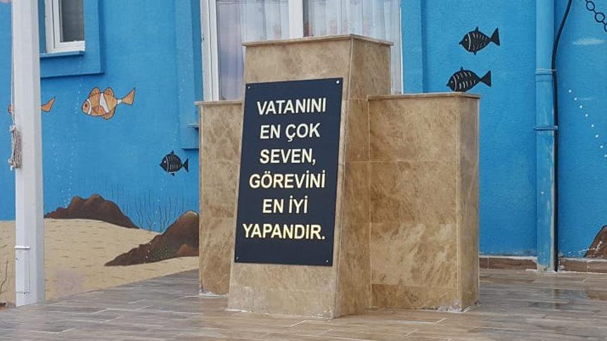 Aynı gün kentteki 8 okuldan Atatürk büstlerini çaldılar