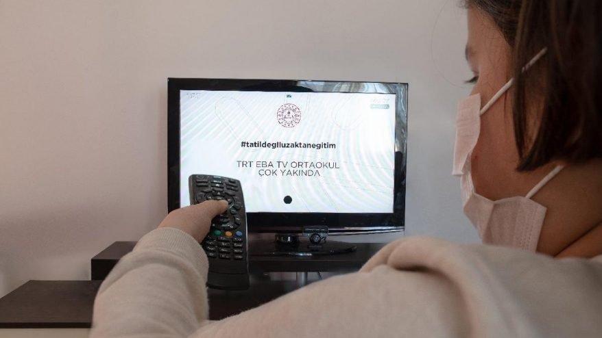 EBA TV canlı izle: EBA TV'de bugün hangi ilkokul, ortaokul, lise dersleri var?