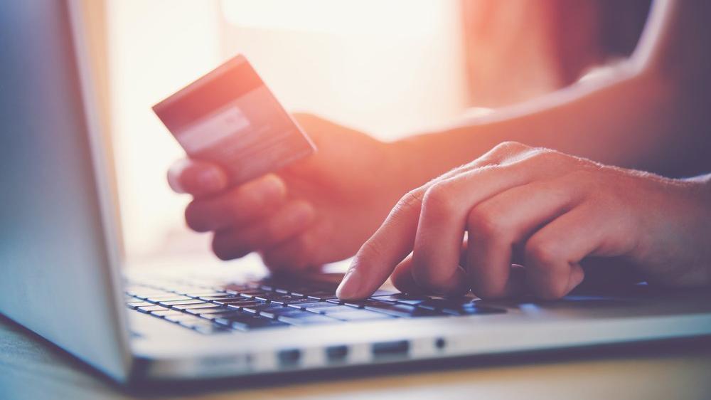 Salgın döneminde 5 milyon kart ilk kez internet ödemelerinde kullanıldı