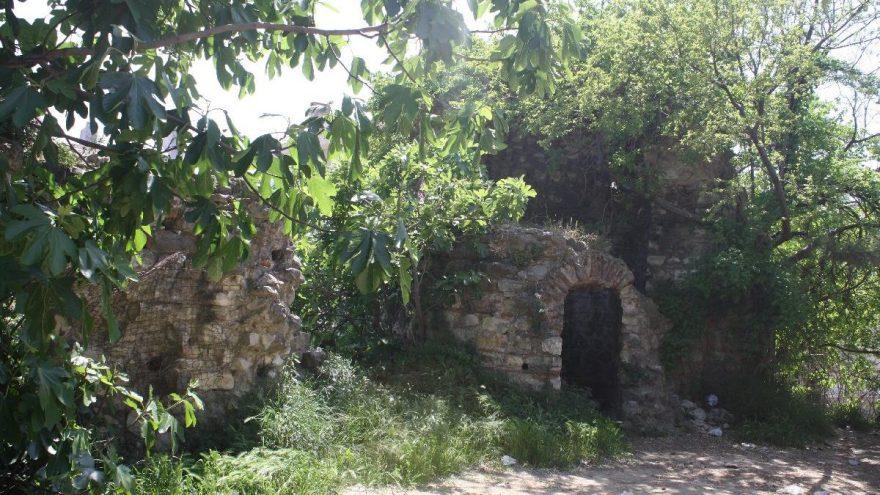Tarihi Darıca Kalesi, yeniden gün yüzüne çıkacak