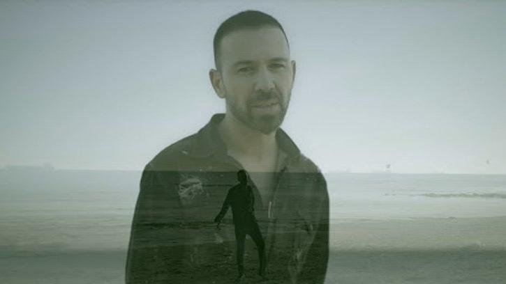 Berksan yeni single şarkısı için sosyal mesafe kuralına uyup klip çekti