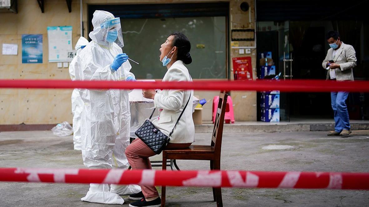 Corona virüsünün başladığı Wuhan'da ikinci dalga alarmı! 10 günde 11 milyon kişiyi tarayacaklar