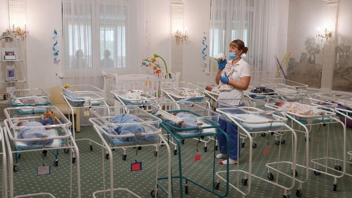 Corona virüsü onları da vurdu! Taşıyıcı anneden doğan bebekler ortada kaldı