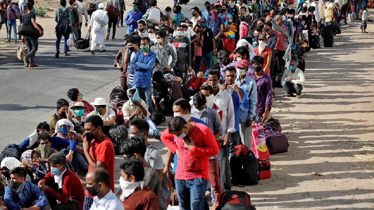 Hindistan salgında Çin'i geride bıraktı! 'Coronadan kaçış' dramı