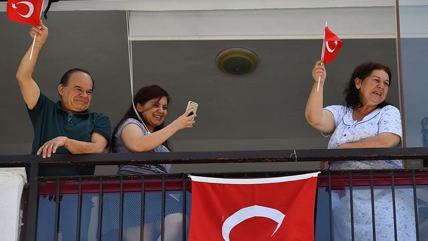 Ankara'da 19 Mayıs coşkusu evlere taşıdı
