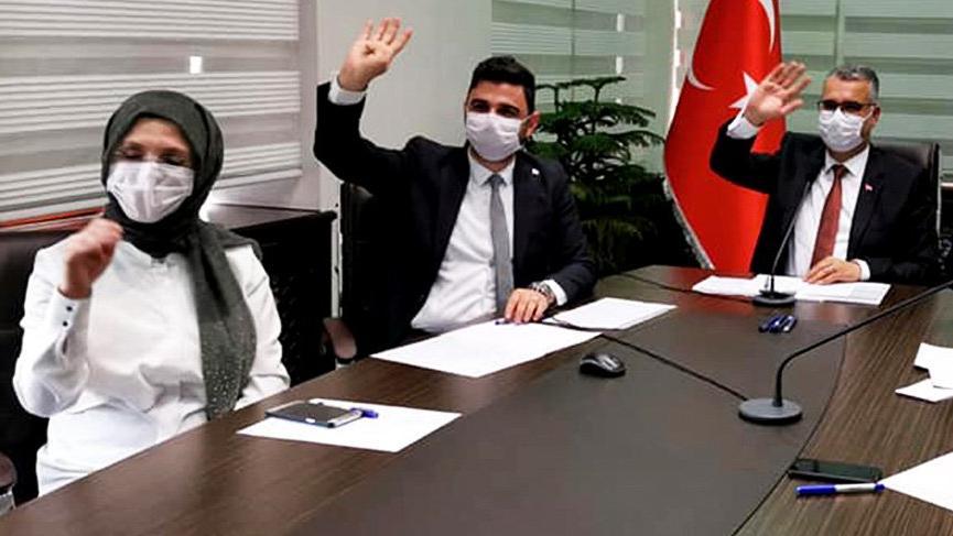 Kadın Kolları Başkanı'ndan Erdoğan'a: Allah çocuklarımın ömründen alsın size versin